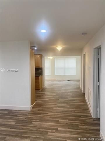 Academy Award Sec 4 for Sale - 3811 NW 7th Ct, Lauderhill 33311, photo 3 of 14