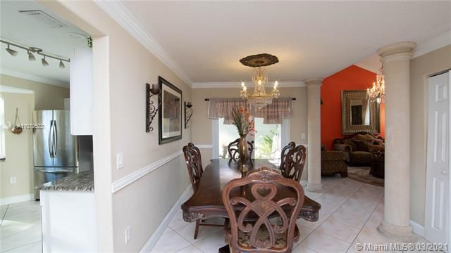 Winston Park Sec 1 for Sale - 5541 NW 50th Ave, Coconut Creek 33073, photo 10 of 39