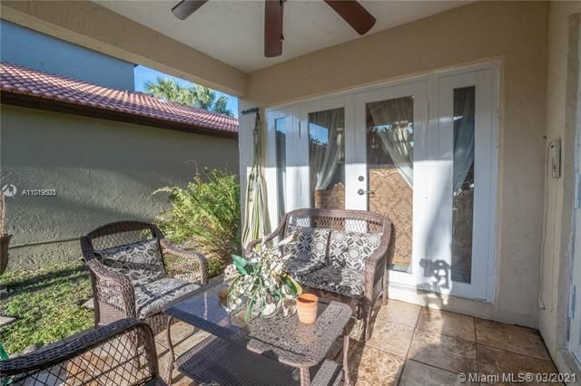 Winston Park Sec 1 for Sale - 5541 NW 50th Ave, Coconut Creek 33073, photo 25 of 39
