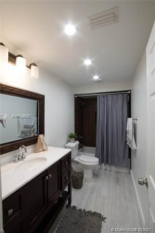 Winston Park Sec 1 for Sale - 5541 NW 50th Ave, Coconut Creek 33073, photo 36 of 39