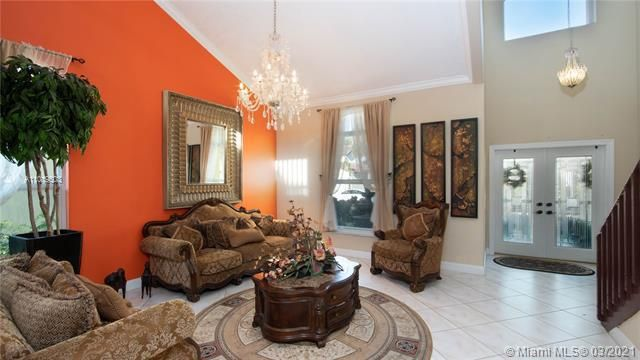 Winston Park Sec 1 for Sale - 5541 NW 50th Ave, Coconut Creek 33073, photo 8 of 39