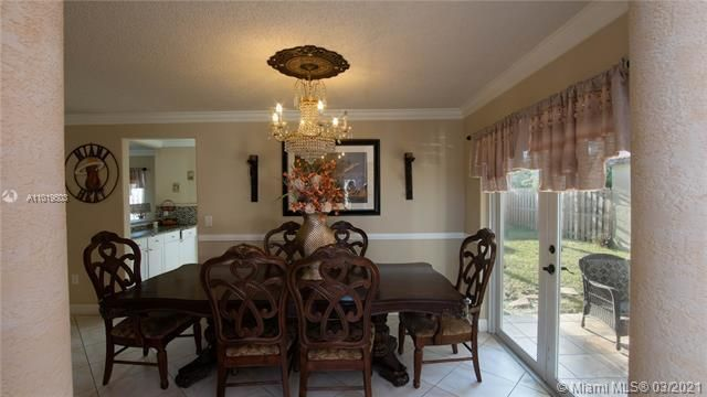 Winston Park Sec 1 for Sale - 5541 NW 50th Ave, Coconut Creek 33073, photo 9 of 39