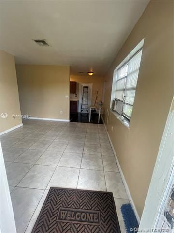 Sunrise Heights for Sale - 3380 NW 8th Pl, Lauderhill 33311, photo 3 of 13