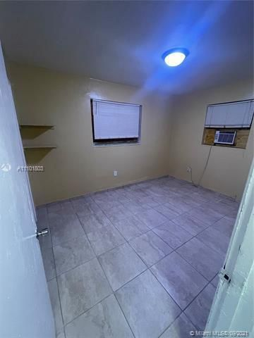 Sunrise Heights for Sale - 3380 NW 8th Pl, Lauderhill 33311, photo 7 of 13