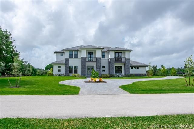 Clingans Cove for Sale - Southwest Ranches, FL 33331, photo 2 of 57