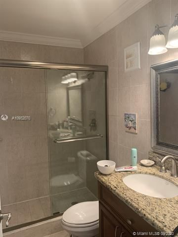 Sea Air Towers for Sale - 3725 S Ocean Dr, Unit PH01, Hollywood 33019, photo 14 of 16