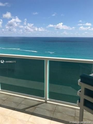 Sea Air Towers for Sale - 3725 S Ocean Dr, Unit PH01, Hollywood 33019, photo 6 of 16
