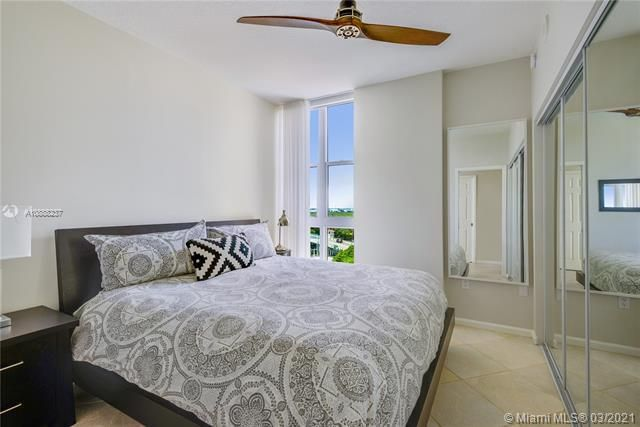 Renaissance On The Ocean for Sale - 6051 N Ocean Dr, Unit 1002, Hollywood 33019, photo 14 of 25