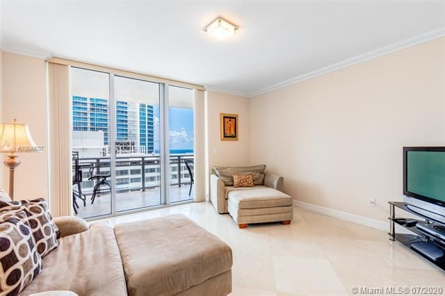 Diplomat Oceanfront Residences for Sale - 3535 S Ocean Dr, Unit 1604, Hollywood 33019, photo 11 of 19