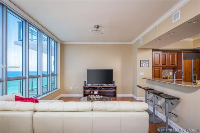 Diplomat Oceanfront Residences for Sale - 3535 S Ocean Dr, Unit 1706, Hollywood 33019, photo 7 of 46