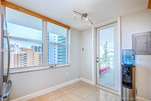 Aquarius for Sale - 2751 S Ocean Dr, Unit 1803N, Hollywood 33019, photo 4 of 25