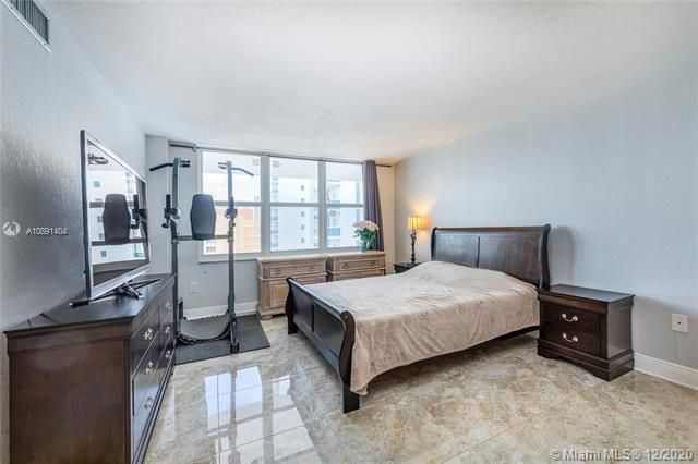 Aquarius for Sale - 2751 S Ocean Dr, Unit 1803N, Hollywood 33019, photo 9 of 25