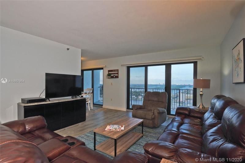 Summit for Sale - 1201 S Ocean Dr, Unit 2508N, Hollywood 33019, photo 10 of 38