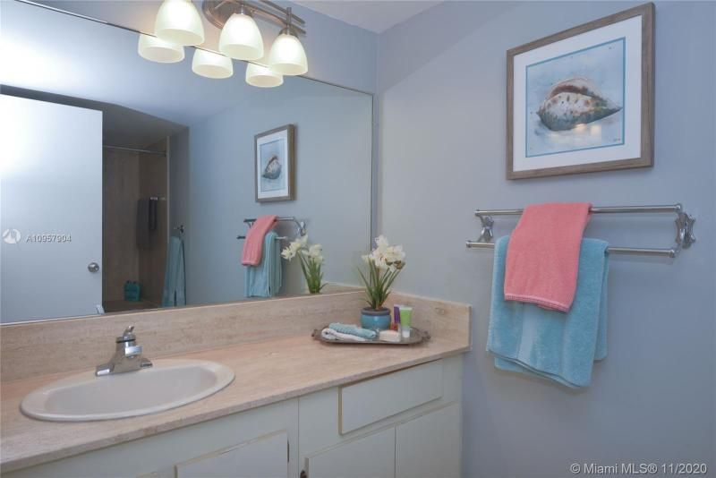 Summit for Sale - 1201 S Ocean Dr, Unit 2508N, Hollywood 33019, photo 16 of 38