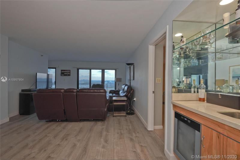Summit for Sale - 1201 S Ocean Dr, Unit 2508N, Hollywood 33019, photo 9 of 38