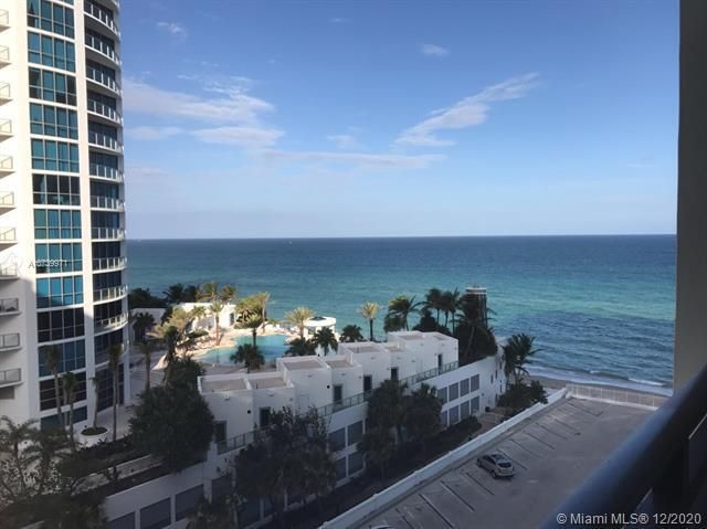 Alexander Towers for Sale - Hollywood, FL 33019, photo 1 of 8