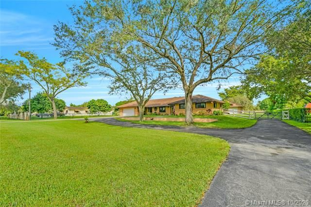 Chambers Land Co Sub for Sale - 16231 SW 60th St, Southwest Ranches 33331, photo 1 of 30