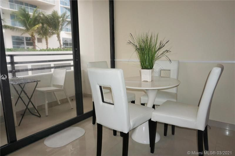 Alexander Towers for Sale - 3505 S Ocean Dr, Unit 205, Hollywood 33019, photo 9 of 24