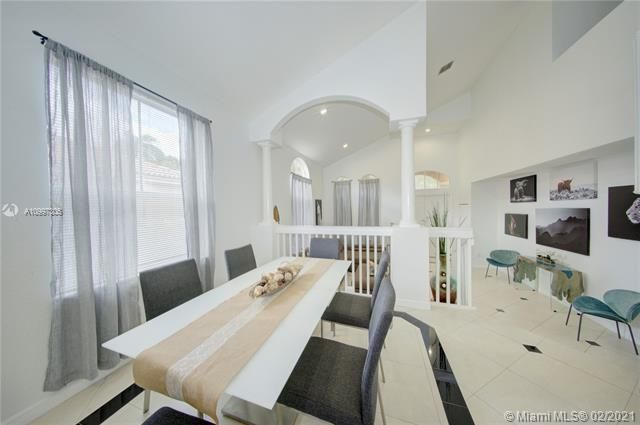 Riviera Isles for Sale - 17140 SW 49th Pl, Miramar 33027, photo 10 of 49