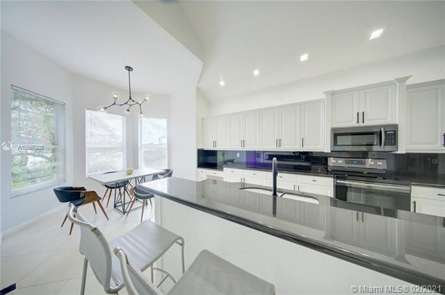 Riviera Isles for Sale - 17140 SW 49th Pl, Miramar 33027, photo 15 of 49