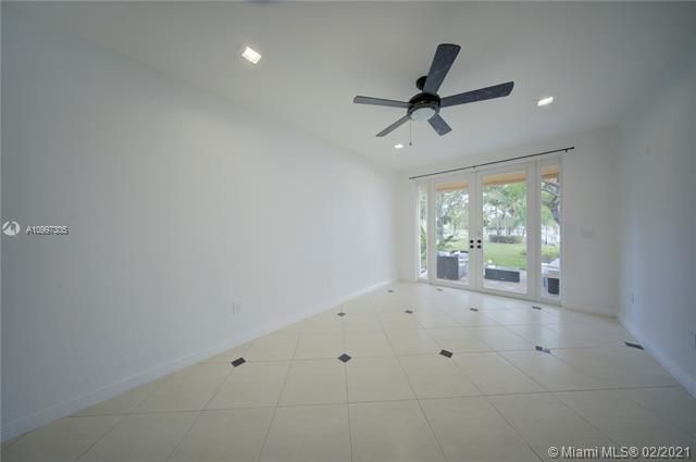 Riviera Isles for Sale - 17140 SW 49th Pl, Miramar 33027, photo 18 of 49