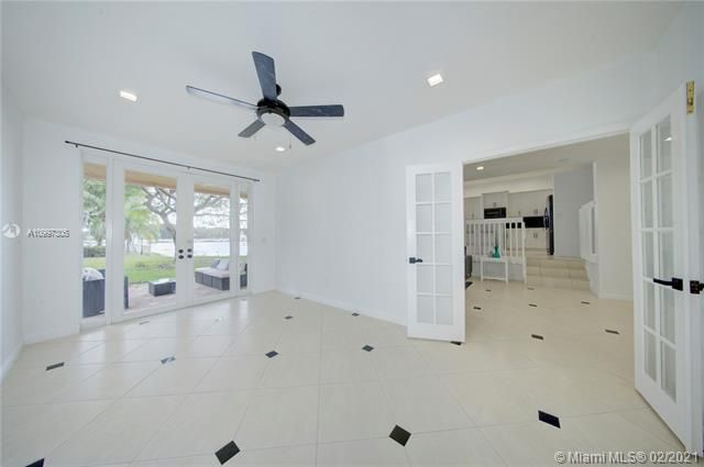 Riviera Isles for Sale - 17140 SW 49th Pl, Miramar 33027, photo 19 of 49