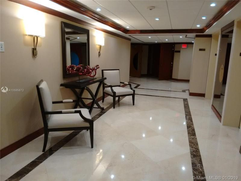 Turnberry Isle for Sale - 19667 Turnberry Way, Unit 7-G, Aventura 33180, photo 18 of 22