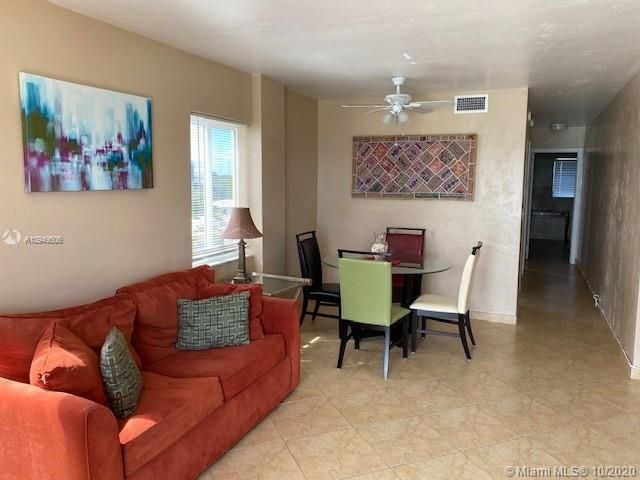 La Playa for Sale - 1815 N Surf Rd, Unit 501, Hollywood 33019, photo 7 of 11