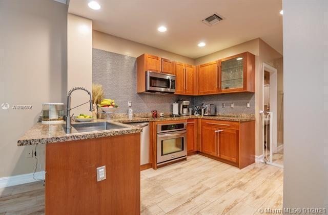 Aventura Bay for Sale - 18370 NE 30th Ave, Unit 18370, Aventura 33160, photo 12 of 25