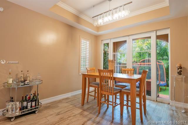 Aventura Bay for Sale - 18370 NE 30th Ave, Unit 18370, Aventura 33160, photo 6 of 25
