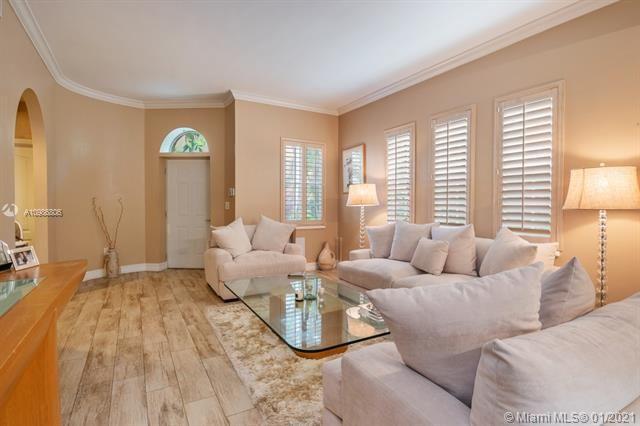 Aventura Bay for Sale - 18370 NE 30th Ave, Unit 18370, Aventura 33160, photo 7 of 25