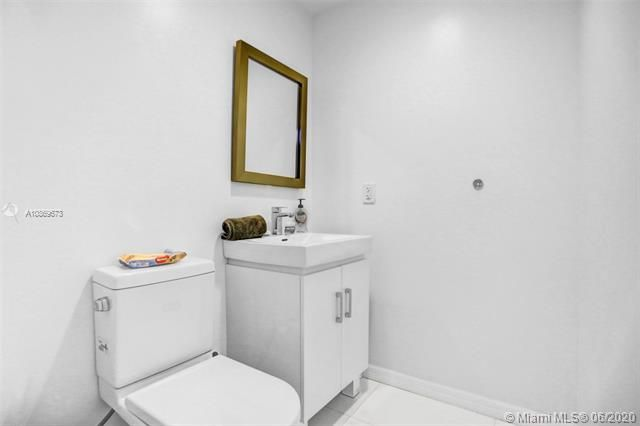 Aventura Marina for Sale - 3330 NE 190th St, Unit 2112, Aventura 33180, photo 4 of 30