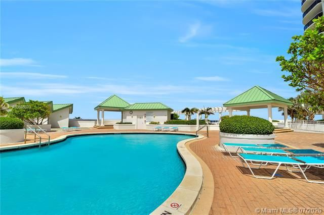 Sands Pointe for Sale - 16711 Collins Ave, Unit 608, Sunny Isles 33160, photo 28 of 34