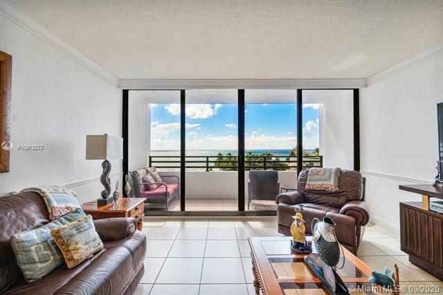 Alexander Towers for Sale - 3505 S Ocean Dr, Unit 520, Hollywood 33019, photo 13 of 44