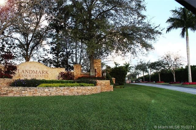 Landmark Ranch Estates for Sale - 16815 S Stratford Ct, Southwest Ranches 33331, photo 12 of 16