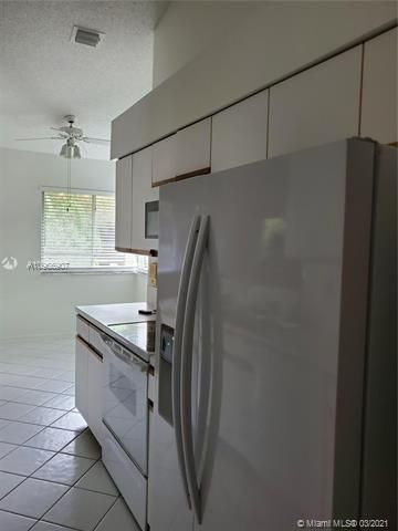 Parc Court for Sale - 974 NW 93rd Ave, Plantation 33324, photo 8 of 21