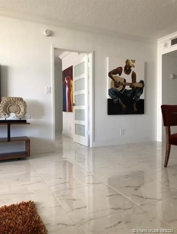 Sea Air Towers for Sale - 3725 S Ocean Dr, Unit 523, Hollywood 33019, photo 2 of 28