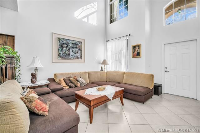Regency Lakes At Coconut for Sale - 5039 Heron Ct, Coconut Creek 33073, photo 14 of 37