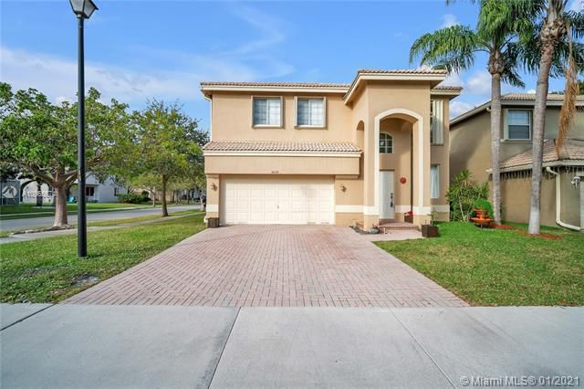 Regency Lakes At Coconut for Sale - 5039 Heron Ct, Coconut Creek 33073, photo 5 of 37