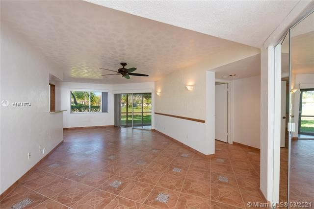 Parc Court for Sale - 9251 NW 9th Pl, Unit 9251, Plantation 33324, photo 12 of 52