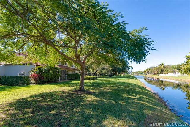 Parc Court for Sale - 9251 NW 9th Pl, Unit 9251, Plantation 33324, photo 2 of 52