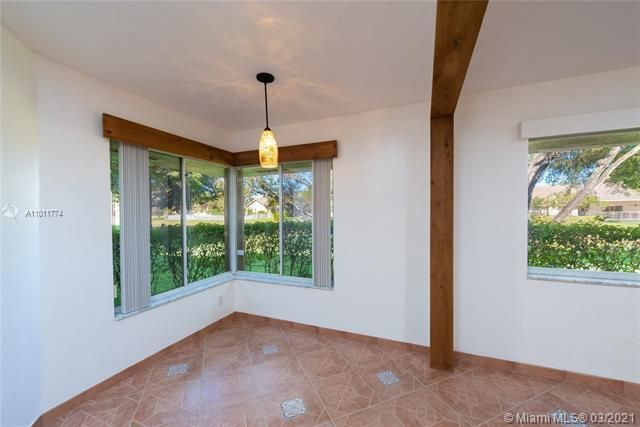 Parc Court for Sale - 9251 NW 9th Pl, Unit 9251, Plantation 33324, photo 5 of 52