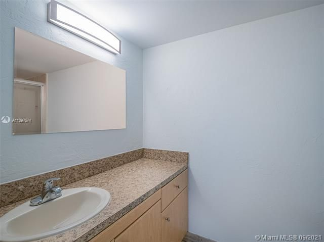 Summit for Sale - 1201 S Ocean Drive, Unit 1105N, Hollywood 33019, photo 10 of 20