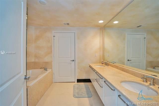 Ocean Palms for Sale - 3101 S Ocean Dr, Unit PH-08, Hollywood 33019, photo 27 of 55
