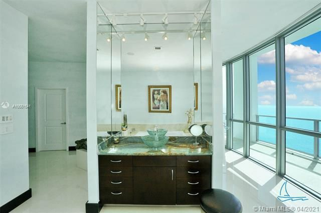 Ocean Palms for Sale - 3101 S Ocean Dr, Unit PH-08, Hollywood 33019, photo 37 of 55
