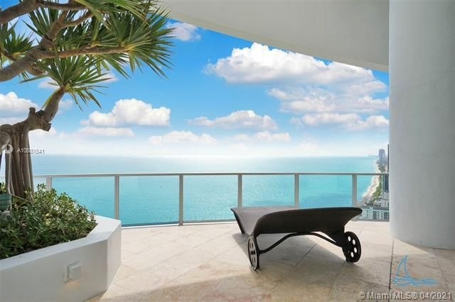 Ocean Palms for Sale - 3101 S Ocean Dr, Unit PH-08, Hollywood 33019, photo 46 of 55