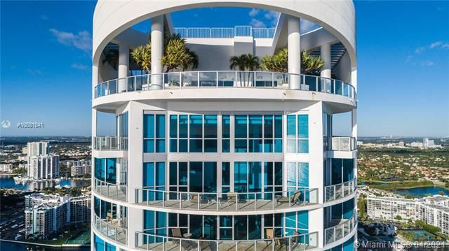 Ocean Palms for Sale - 3101 S Ocean Dr, Unit PH-08, Hollywood 33019, photo 7 of 55