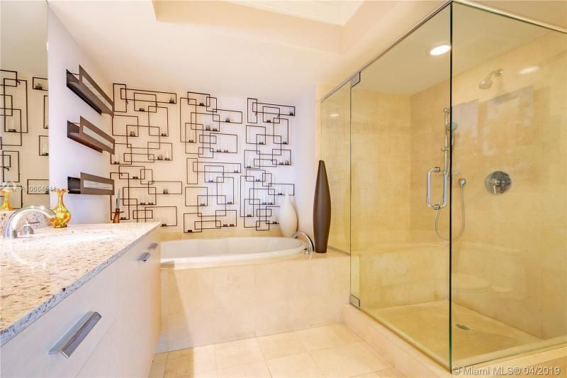 Beach Club I for Sale - 1850 S Ocean Dr, Unit 1010, Hallandale 33009, photo 14 of 19
