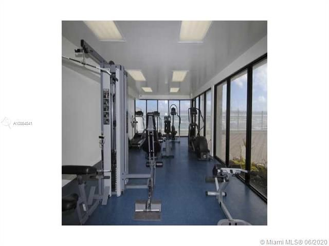 Alexander Towers for Sale - 3505 S Ocean Dr, Unit 918, Hollywood 33019, photo 10 of 15
