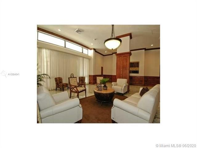 Alexander Towers for Sale - 3505 S Ocean Dr, Unit 918, Hollywood 33019, photo 14 of 15